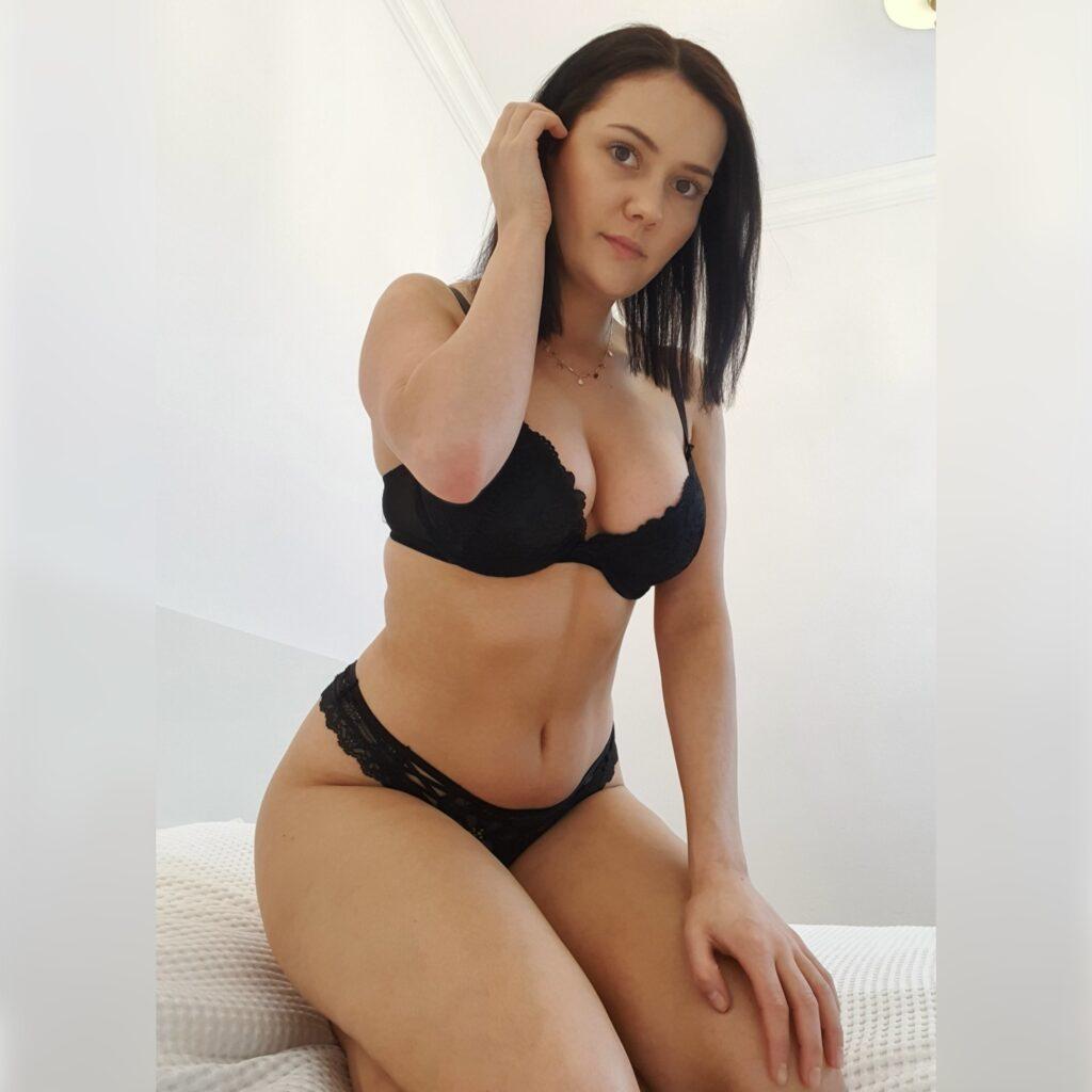 Erotic massage Warsaw - private masseuse Nicole Kaminski
