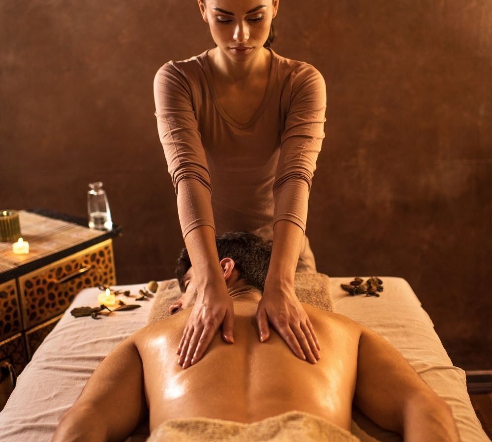 Why you should try an erotic massage - 5 reasons why it's a good idea to try an erotic massage in Warsaw.