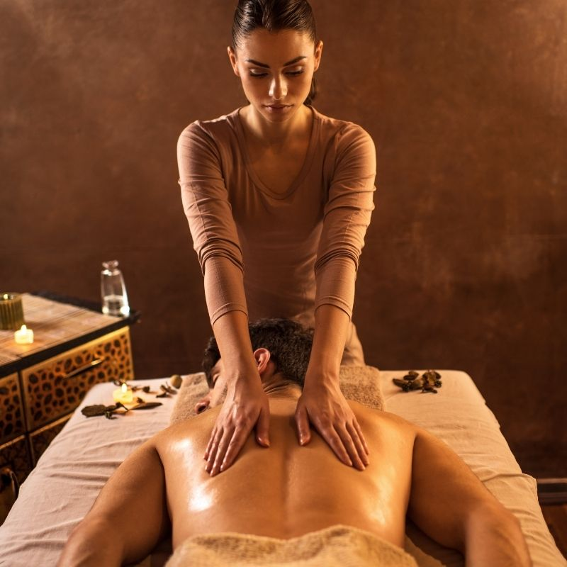Erotic massage Warsaw | Nicole Kaminski - private masseuse